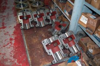 DSC 0193 320x210 - Изготовлен узел ролика с редуктором для прокатного стана