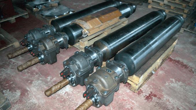 DSC 0209 678x381 - Изготовлен узел ролика с редуктором для прокатного стана