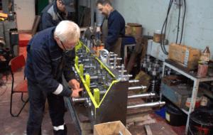 prokatnyj stan 2 300x190 - Изготовление аналога блока прокатного стана